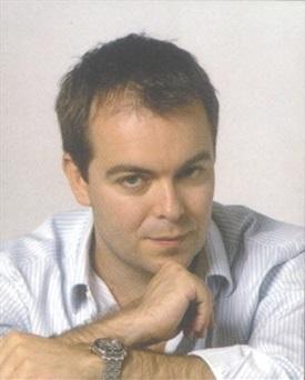 Javier Sierra-Trabalibros