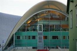 03.Biblioteca Tromso Noruega-Trabalibros