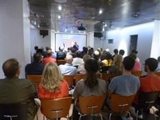 01.Bruno Montano presenta a Santiago Posteguillo-Trabalibros