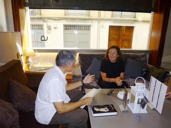 01.Bruno Montano entrevista a Clara Sánchez-Trabalibros
