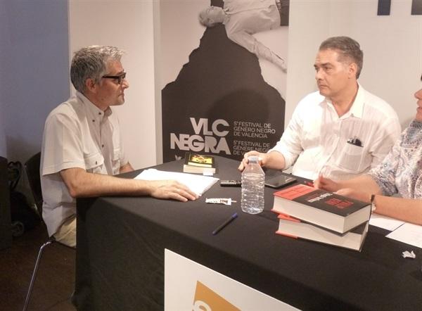 01.Bruno Montano entrevista a Philip Kerr-Trabalibros