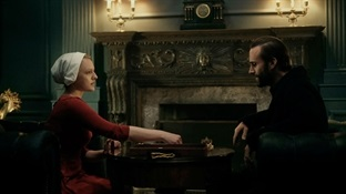 04. the_handmaid_s_tale_tv_serie-Trabalibros