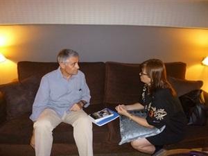 01.Bruno Montano entrevista a Carmen Amoraga-Trabalibros
