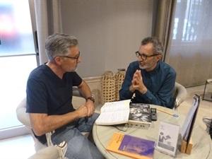01.Bruno Montano de Trabalibros entrevista a Eloy Tizón