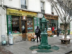 Shakespeare & co (2)