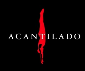 http://loqueleolocuento.blogspot.com.es/search/label/Acantilado