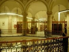 Biblioteca pública Valencia calle Hospital(8)-Trabalibros