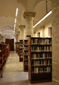 Biblioteca pública Valencia calle Hospital(11)-Trabalibros.jpg