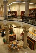 Biblioteca pública Valencia calle Hospital(12)-Trabalibros.jpg