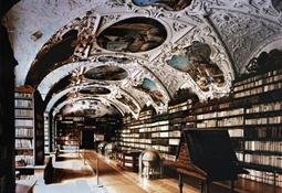 Sala teológica monasterio Strahov (Praga)4-Trabalibros