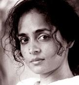 Arundhati Roy-Trabalibros