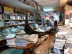 Librería Acqua Alta Venecia-Trabalibros (5)