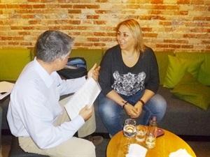 1.Bruno Montano de Trabalibros entrevista a Megan Maxwell