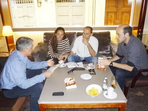 1.Bruno Montano de Trabalibros entrevista a Julio Basulto y Juanjo Cácere