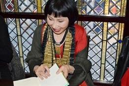 5.Encuentro de bloggers con Amy Tan-Trabalibros