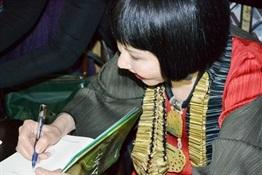7.Encuentro de bloggers con Amy Tan-Trabalibros