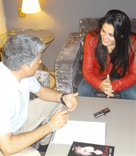 0.Bruno Montano de Trabalibros entrevista a Lena Valenti