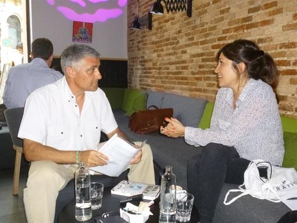 1.Bruno Montano de Trabalibros entrevista a Agustina Guerrero