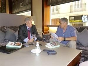 1.Bruno Montano de Trabalibros entrevista a Alfredo Escardino