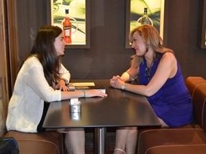 00.Amanda Simón entrevista a Elisa Beni-Trabalibros