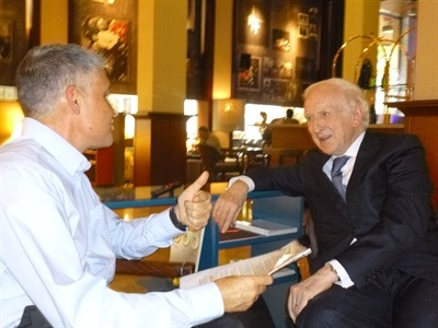 08.Bruno Montano de Trabalibros entrevista a Leopoldo Abadía