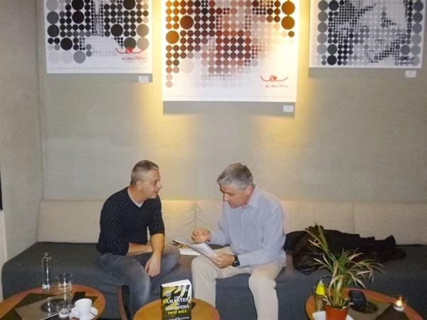 01.Bruno Montano de Trabalibros entrevista a Toni Hill