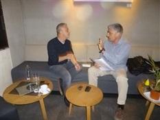 09.Bruno Montano de Trabalibros entrevista a Toni Hill